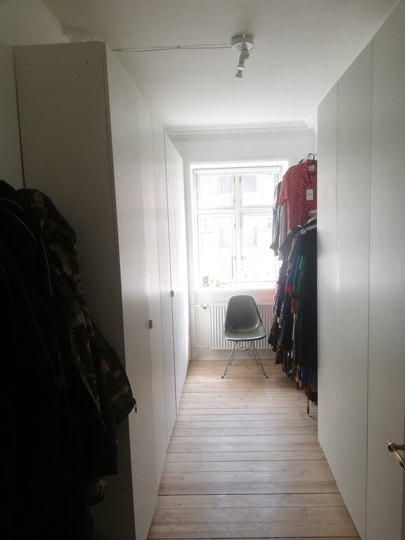 Room with closets