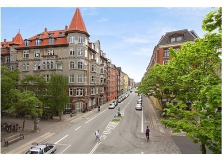 Classensgade - the street