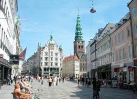 strøget - the shopping street