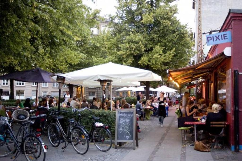 Cafés at Bopa Plads (500 m away)