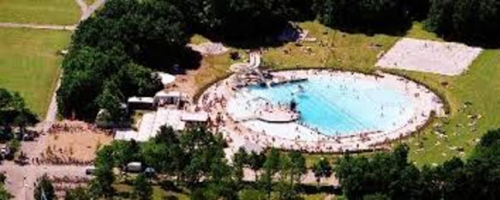 Delicious outdoor swimming pool (Badesoen) 10 minutes away by bike.