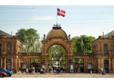 Tivoli - Copenhagen Centrum - 10 minutes by bus or train