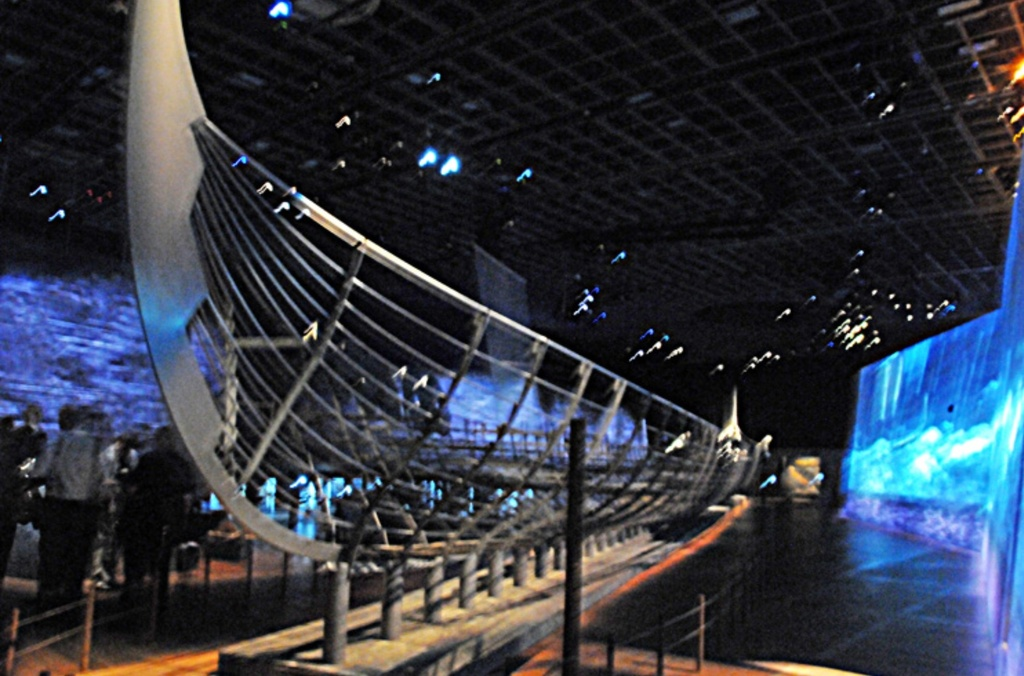 Viking ships and many other things at the National Museum, 20 minutes
