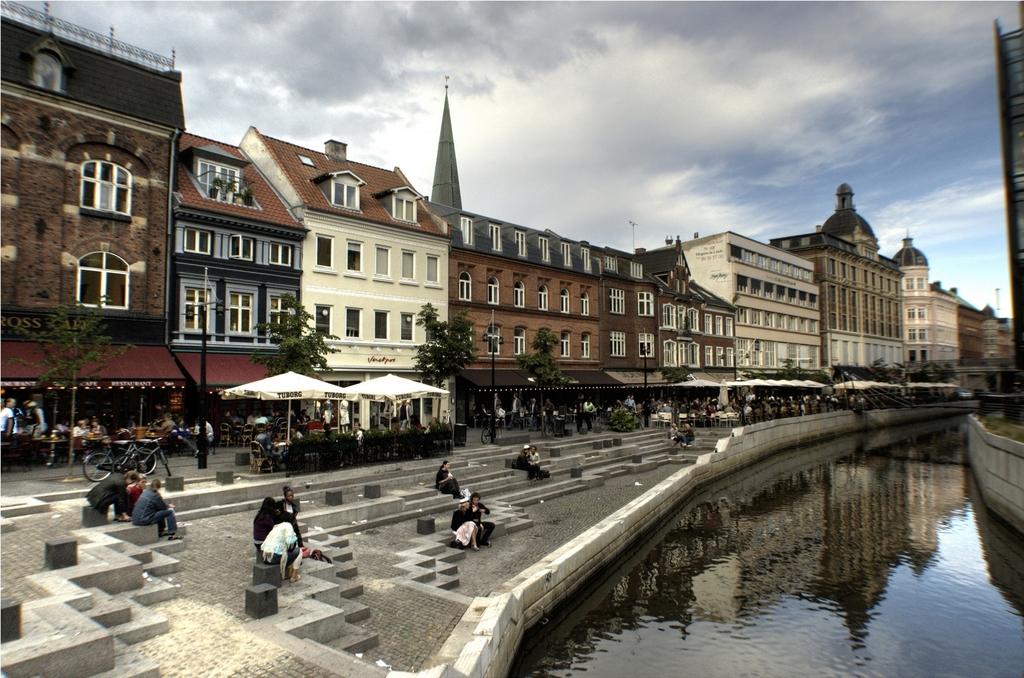 Café's in Aarhus.