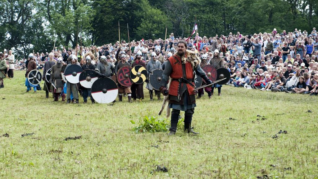 Last weekend in Juli there is Viking meet at Moesgaard south of Aarhus