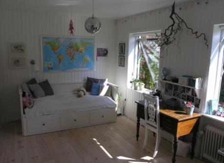 Silja´s room - her bed can be turned in to a queensize bed.