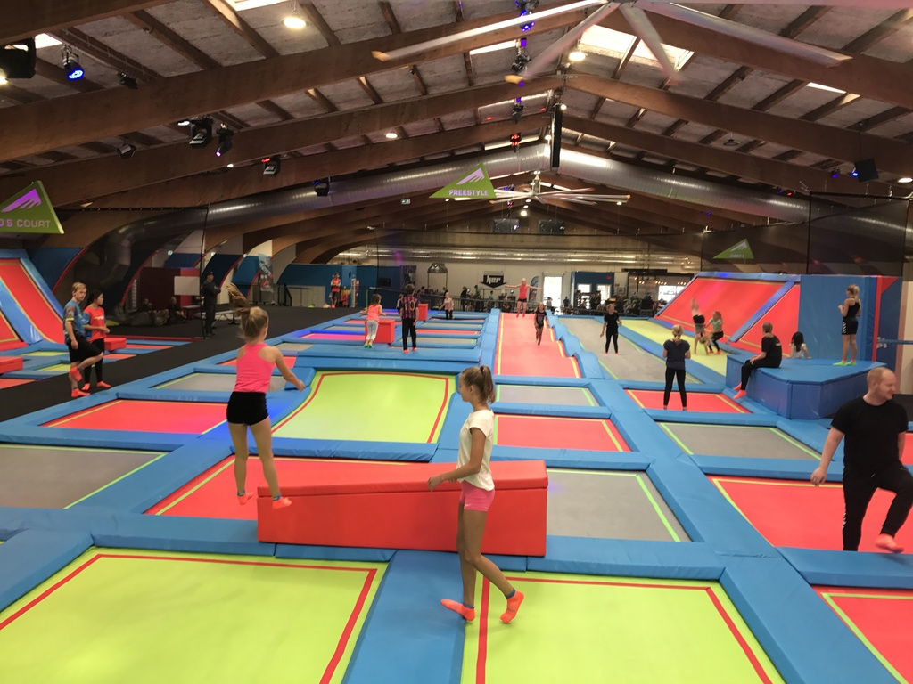 Rush - indoor trampoline parc (20 min by car)