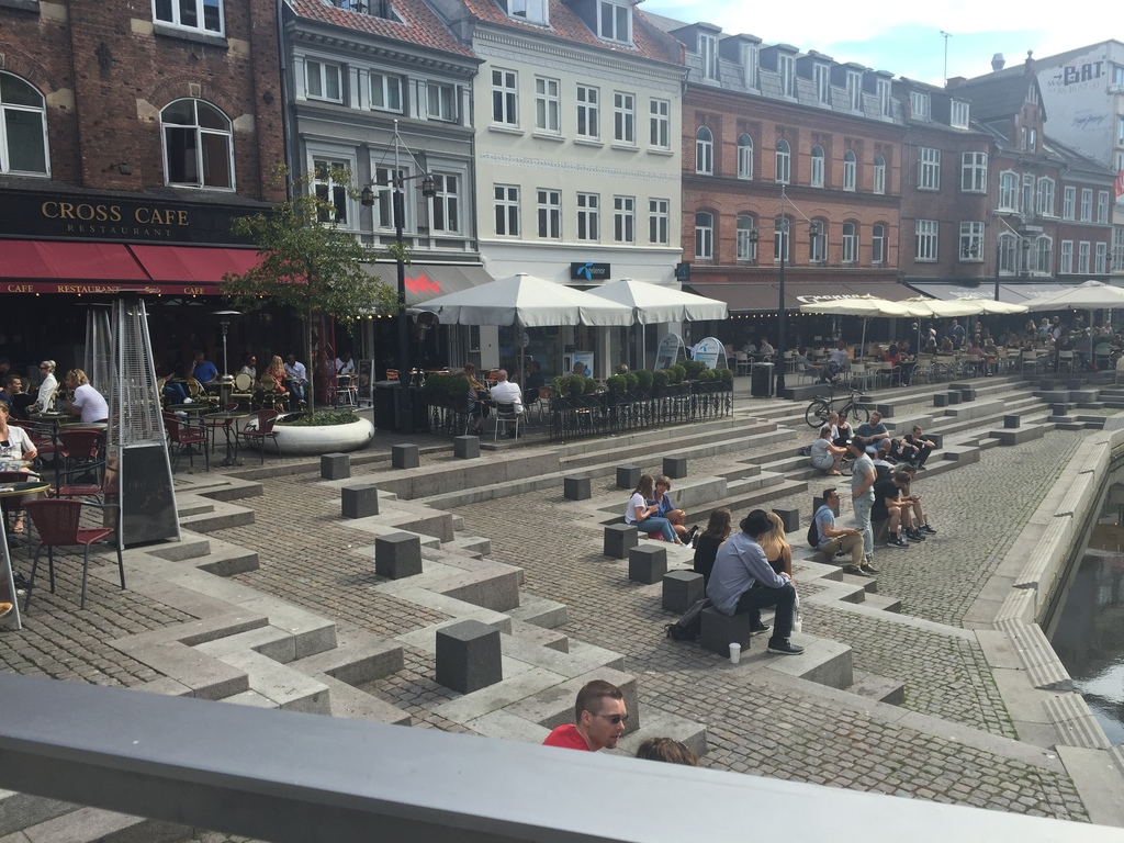 Center of Aarhus with cafes (15 min bike)