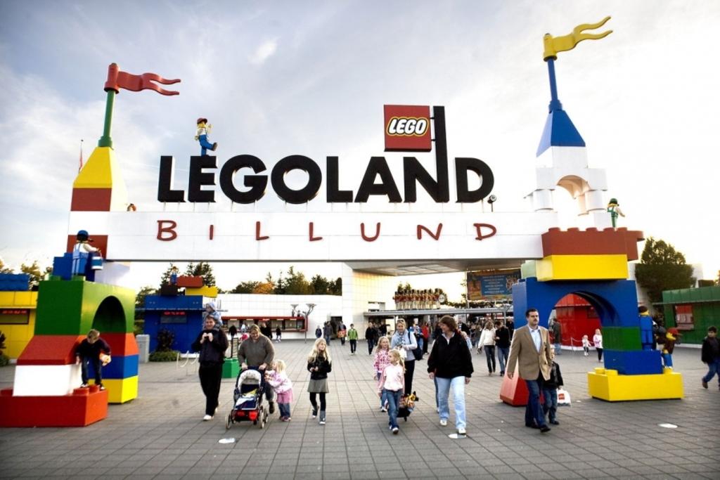 Legoland Billund 1½ hour away