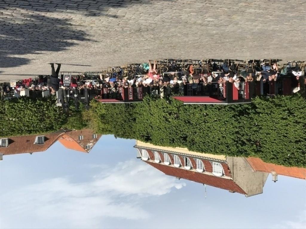 Outdoor seating in Helsingør (10 min)