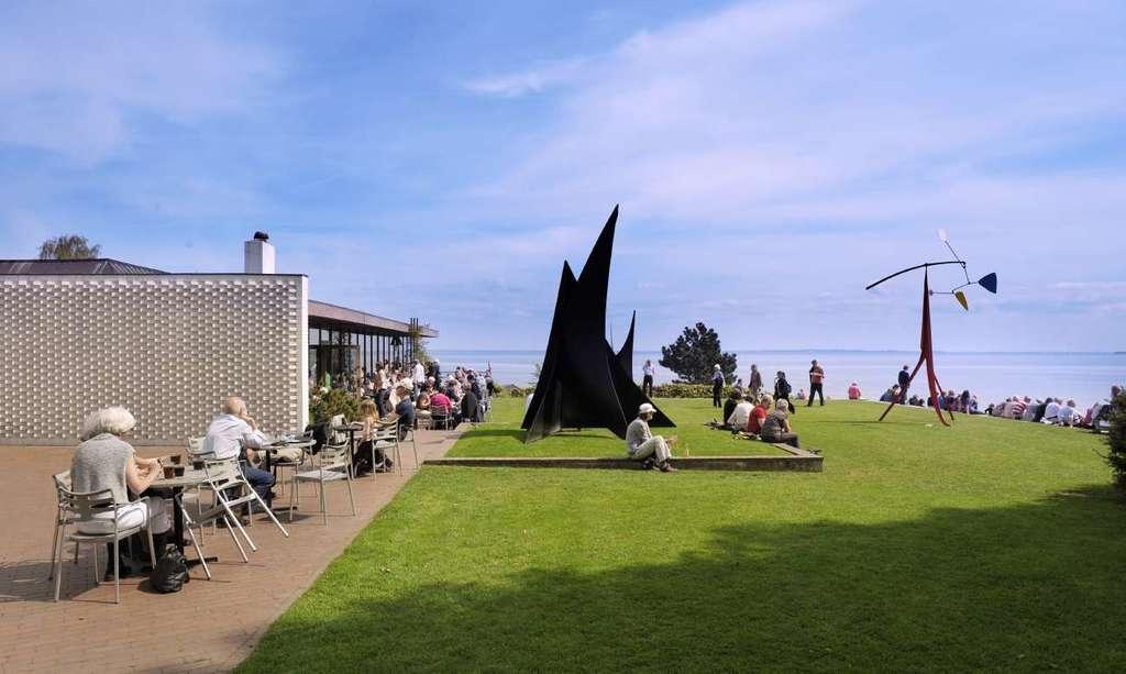 Louisiana Museum of Modern Art, Humlebæk (10 min)