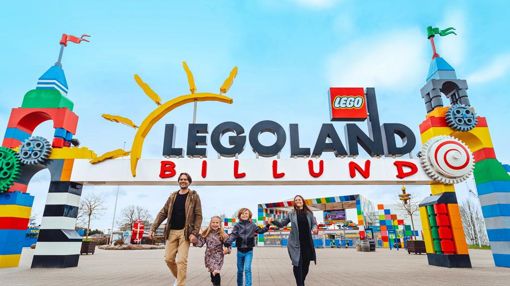 Legoland, Billund (3 hr)