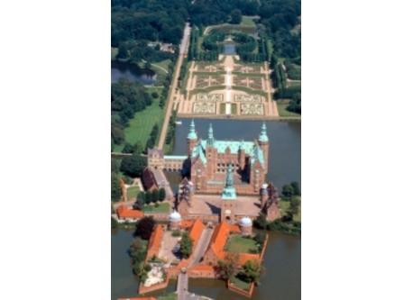 Frederiksborg Castle, '10 min. Walk