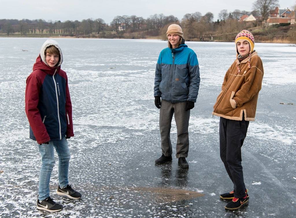 Our boys and nephew winter 2018 at the frozen Frederiksborg Slot lake