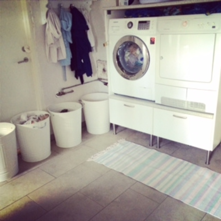 Washing area in the basement