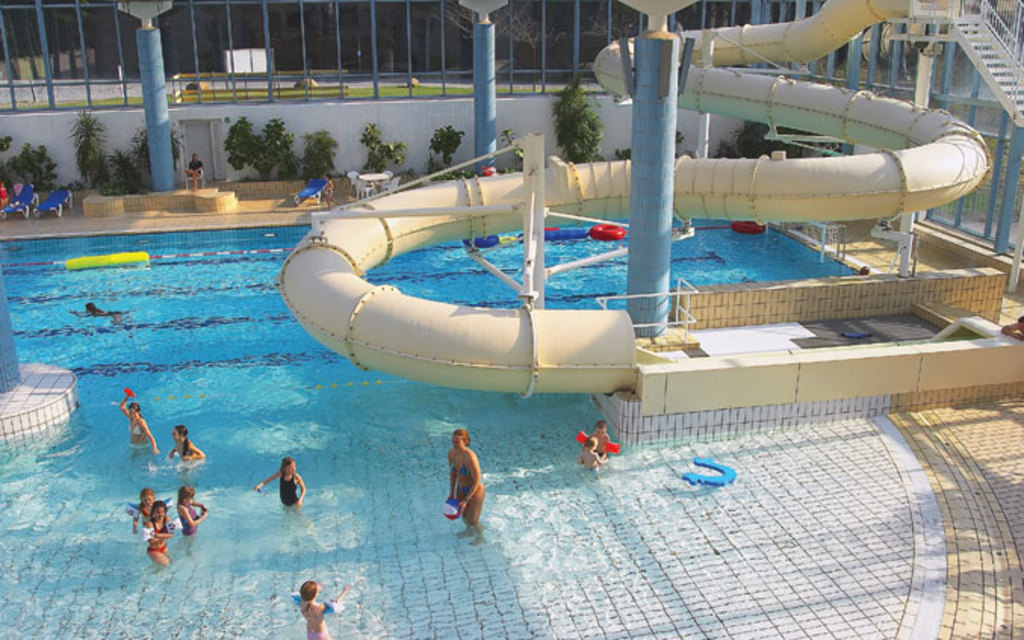swimplace and playground inside for small children. 8 km. away from our house in Silkeborg