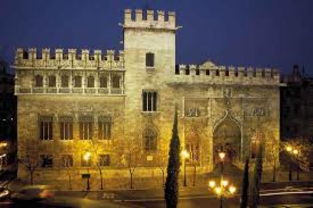 Llotja de la Seda (Silk Exchange Hall) declared UNESCO World Heritage Site in 1996
