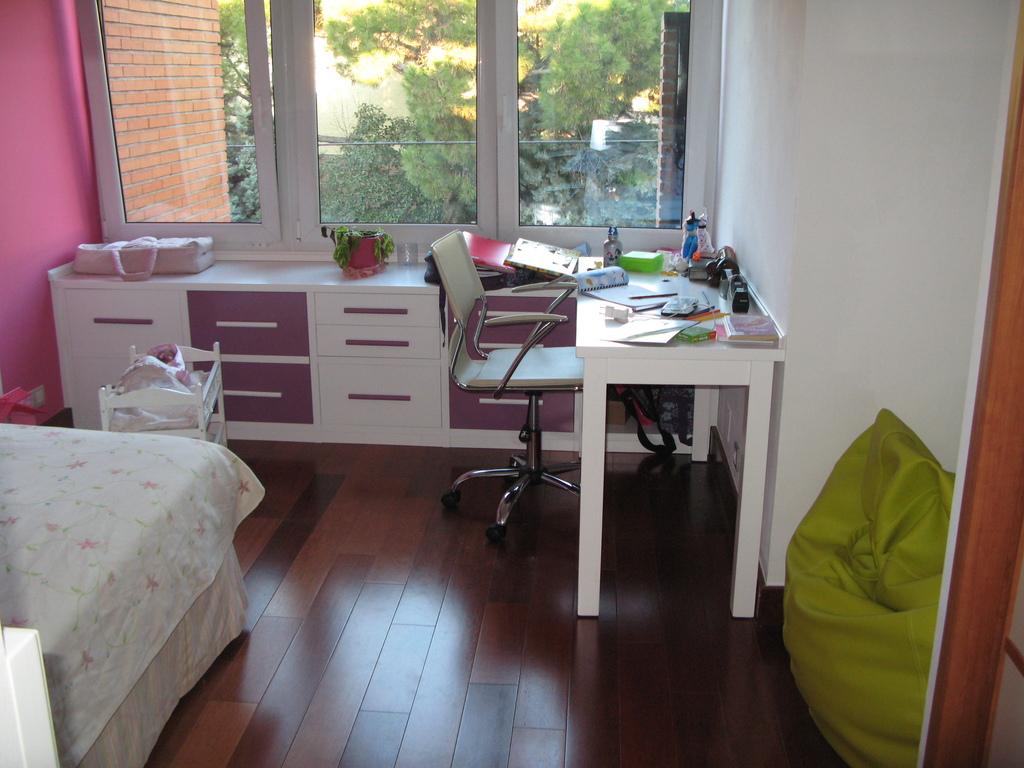 Childs bedroom n1