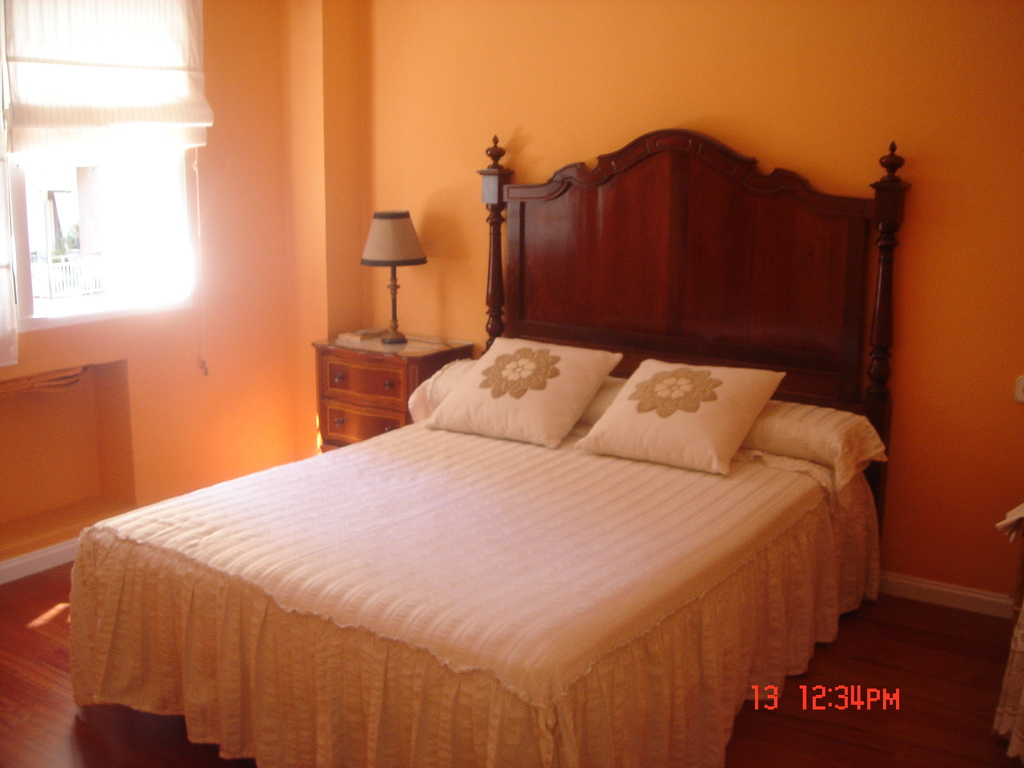 Sevilla double bedroom