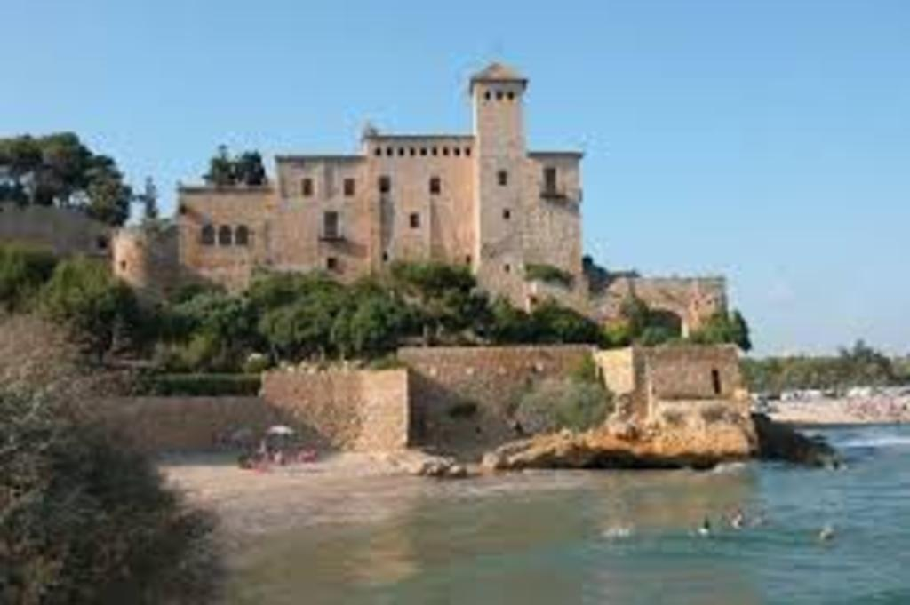 Altafulla-Tamarit, Castle and beach, 10min. to the house