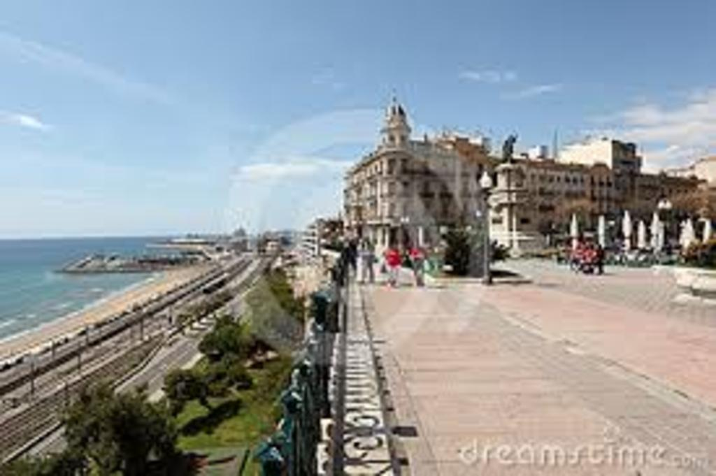 Tarragona, 5minuts walking to the house