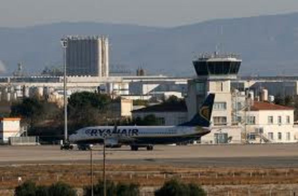 10 minutes from Reus Airport and 1 hour from barcelona airport