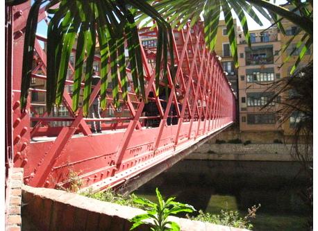 Girona: a bridge