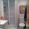 Bath room 1.
