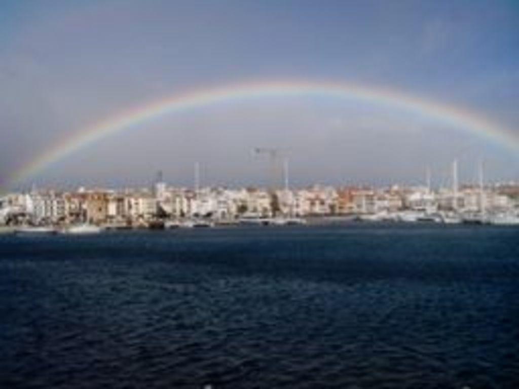 Rainbow in Cambrils' port