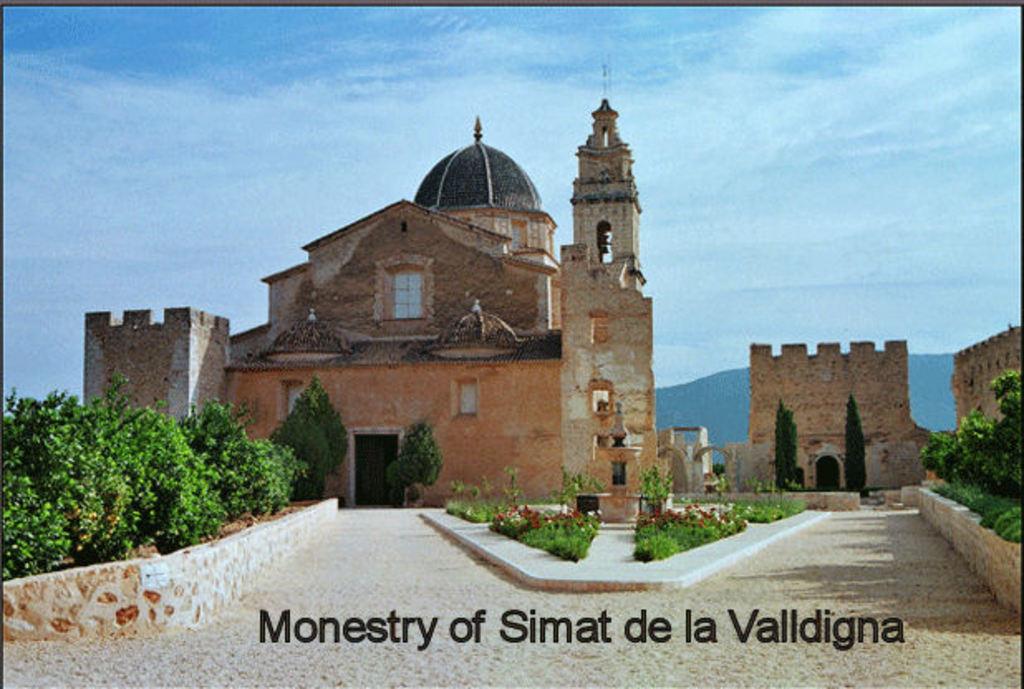 Simat de la Valldigna monestry