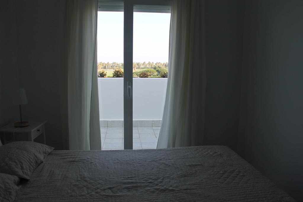 Bedroom 1 (parents)