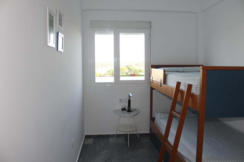 Bedroom 3 (kids)