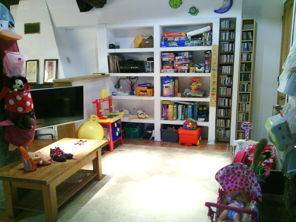 Living room to play children.