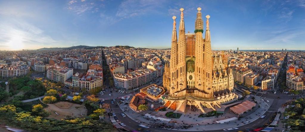 Visit Gaudi's Sagrada Familia Church Barcelona