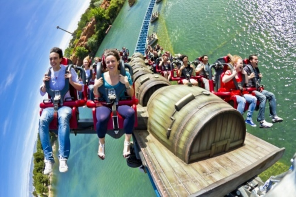 Port Aventura Park with the top Roller Coaster of Europe at 30min from the house by car