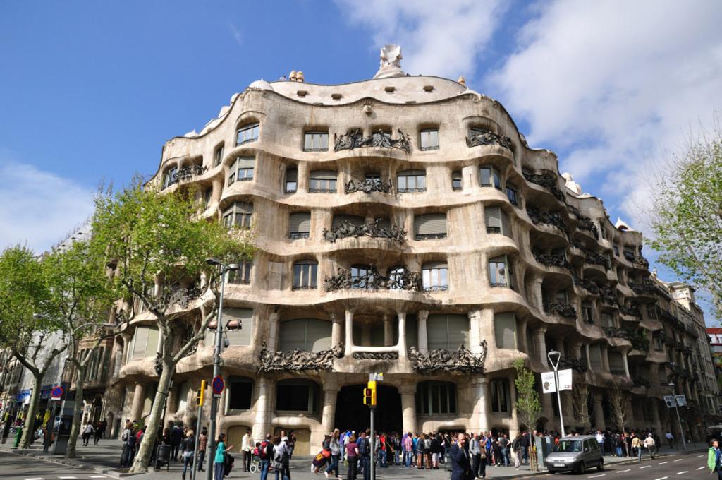 Visit Gaudi's Casa Milà Barcelona