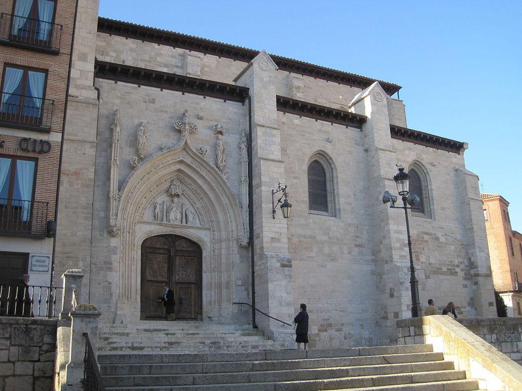 Iglesia de San Nicolás, junto a la Catedral