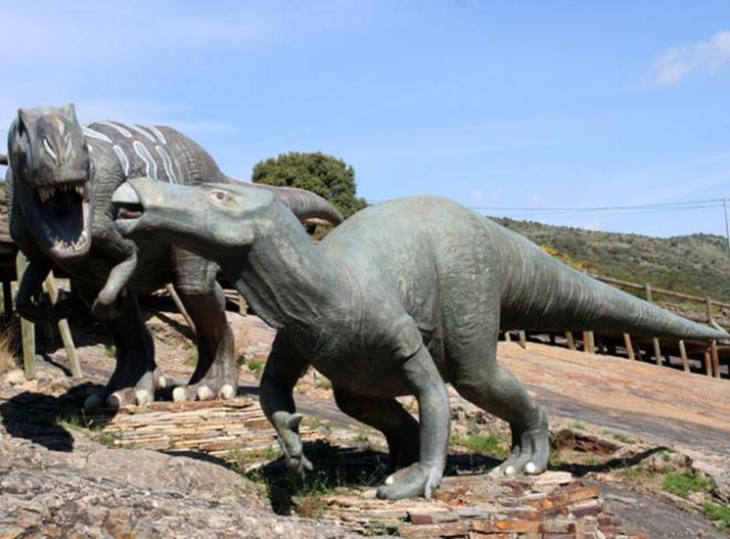 Centro de Interpretación Paleontológica de La Rioja. DINOSAURS.