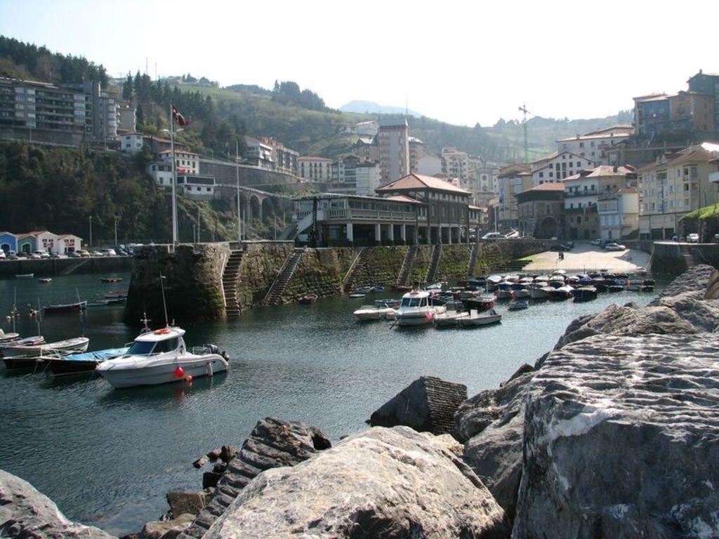 Pueblos pesqueros en la costa