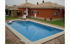Private swimming pool.More pictures available if you visit our list from Intervac
