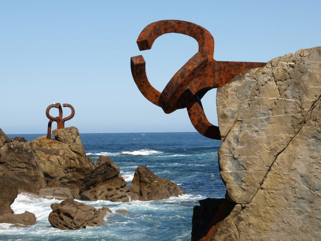 Wind Comb (Chillida sculpture)
