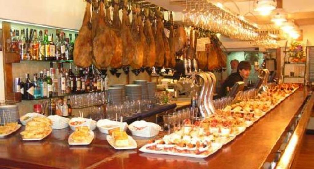 Basque cuisine in a bar