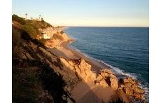 Playa de las rocas en Calella/Beaches of Calella
