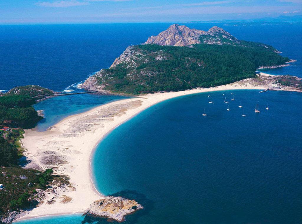 Vigo bay: Cies Islands