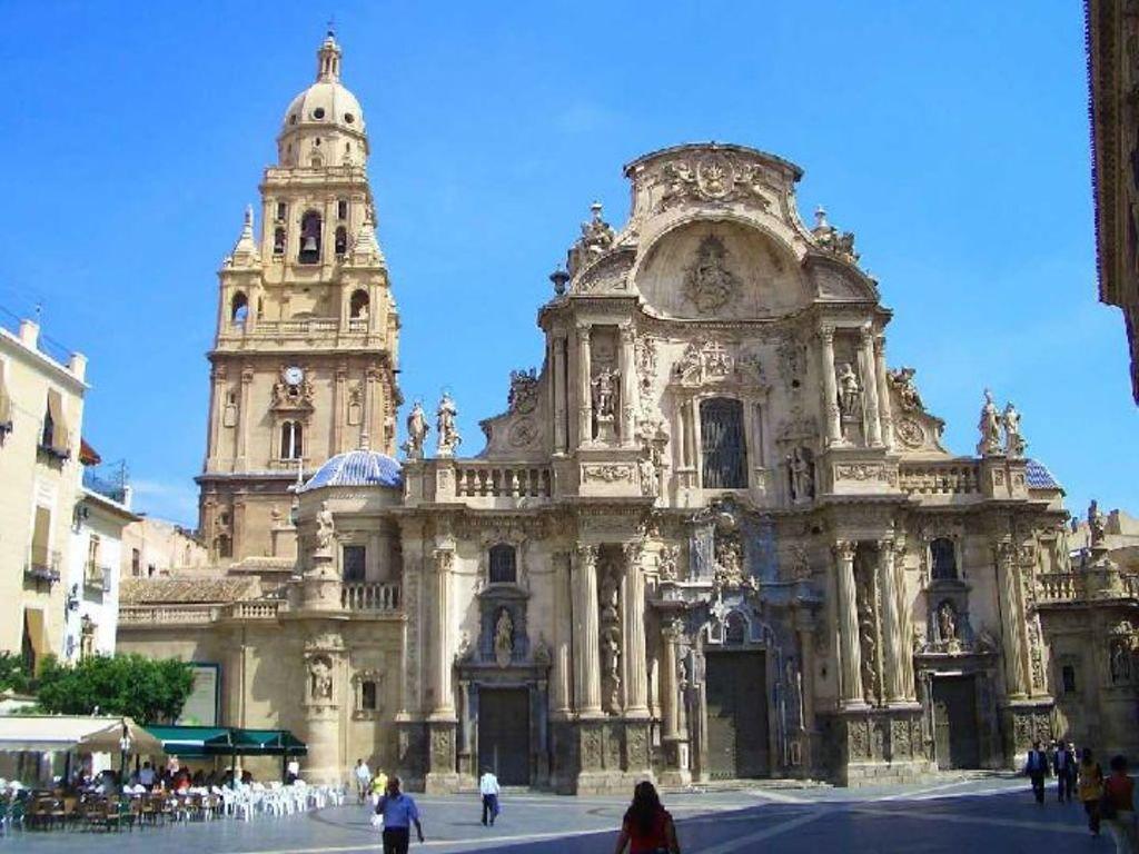 Murcia...City a 45 min from Alicante