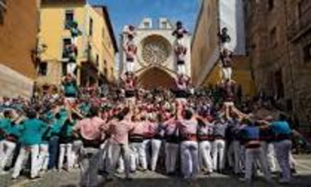Tarragona, the cathedral and the Castellers