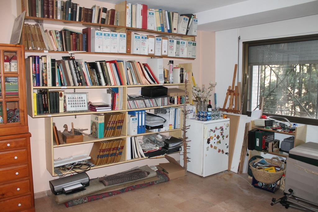 studio, library