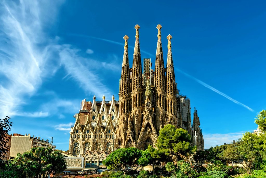Visit Gaudi's Sagrada Familia Church Barcelona