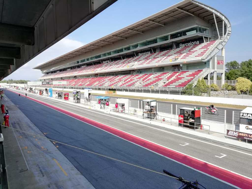 Circuit Montmeló perfect to go some day with a family