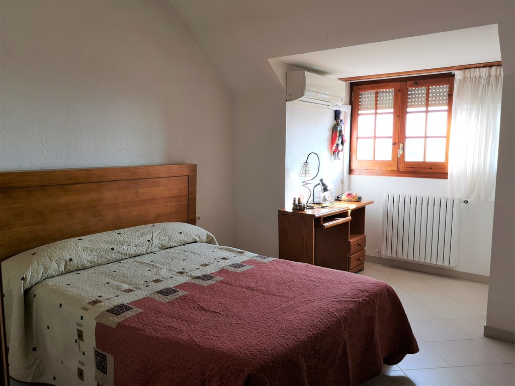 Upstairs double room 2